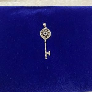 Vintage Jewelry - 925 Key Pendant
